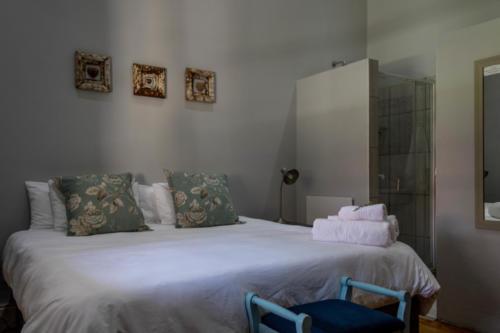 Room 2 DeCaledonHuis