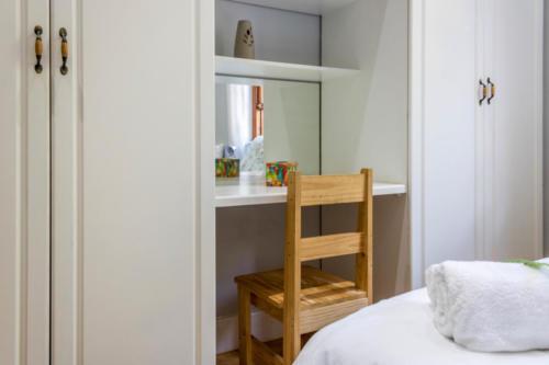 Room 3 - DecaledonHuis