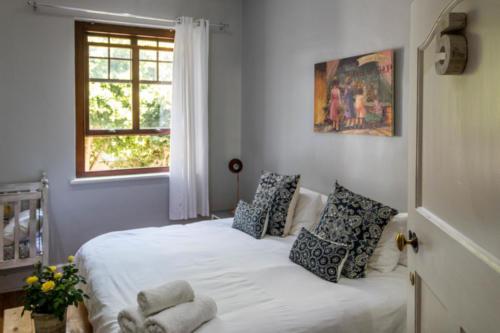 Room 5 - DeCaledon Huis